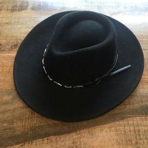Adora black is 100% wool safari hat adjustable